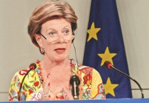 image of EU Commissioner Neelie Kroes